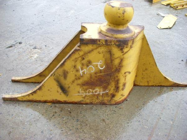 CATERPILLAR (204) 7T5936 Anbaubock / support center tow bar for wheel loader