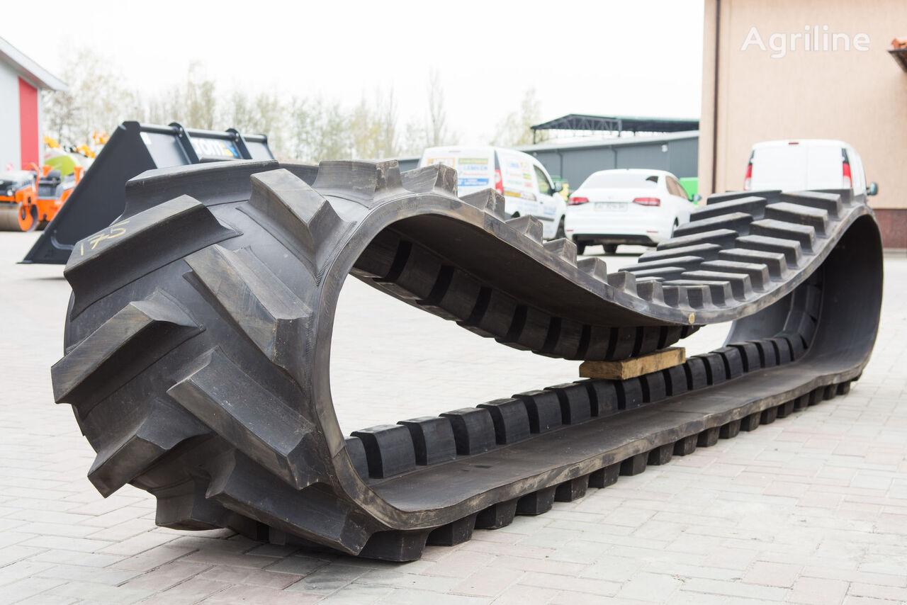 new CHALLENGER track chain for CATERPILLAR MT 765 tractor