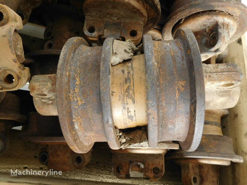 Trackroller (5802261) track roller for LIEBHERR LR624/PR724 excavator