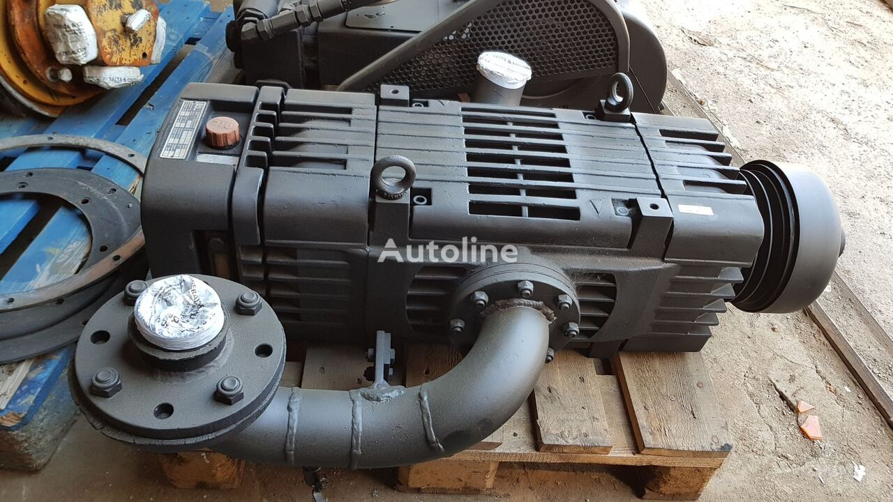 Demag-Wittig vacuum pump for combination sewer cleaner