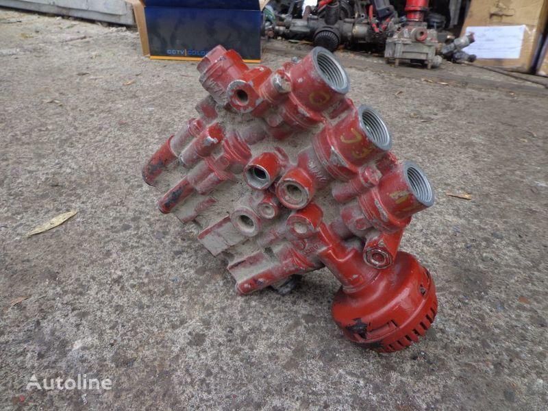 Wabco valve for IVECO EuroStar, EuroTech tractor unit