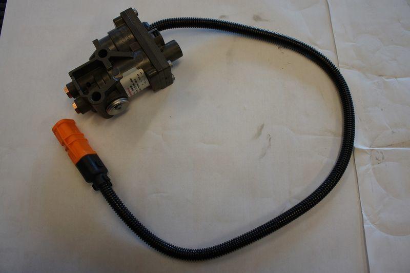 HAMULCA GÓRSKIEGO valve for MAN TGA TGX D20 D26 truck