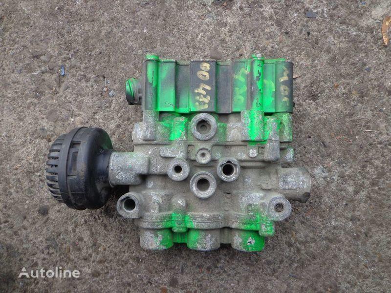 Wabco valve for RENAULT Magnum tractor unit