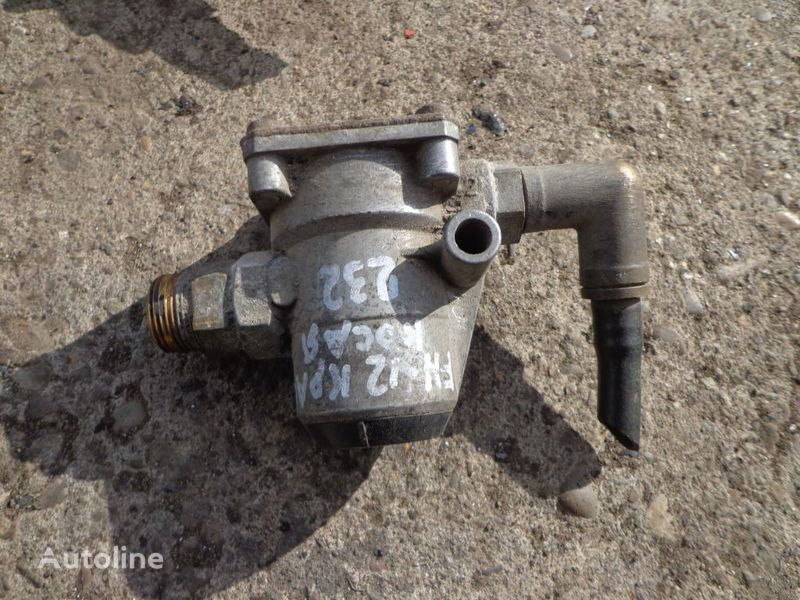 Wabco valve for VOLVO FH tractor unit