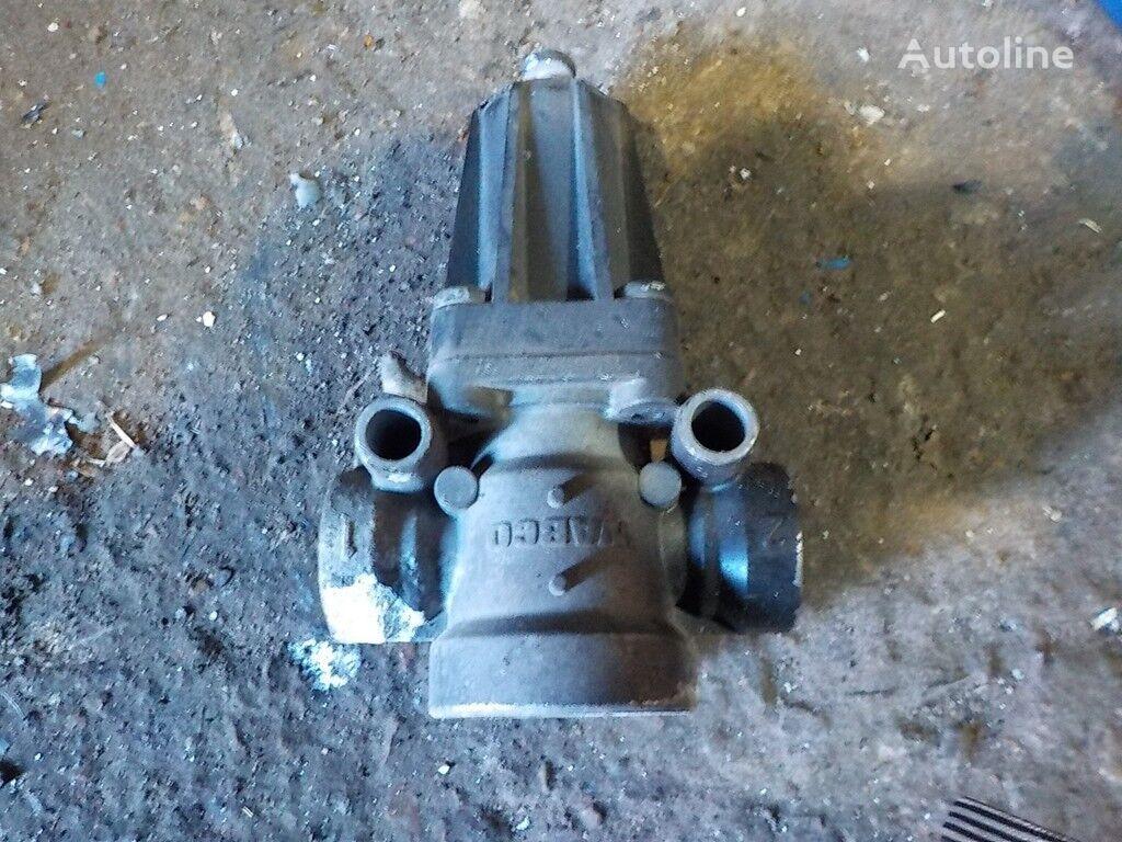 ogranicheniya davleniya,tormoznoy MAN valve for truck