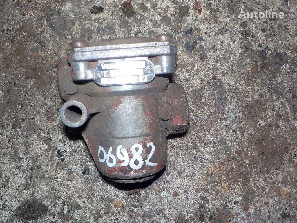 Perepusknoy Mercedes Benz valve for truck