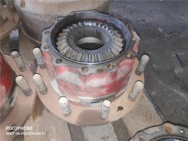 Buje Renault G 340 TI Manager /Maxter E1/E2 FGFE  Mod. 340  6X2  (M52211104) wheel hub for RENAULT G 340 TI Manager /Maxter E1/E2 FGFE Mod. 340 6X2 249 KW E1 [9,8 Ltr. - 249 kW Diesel] truck