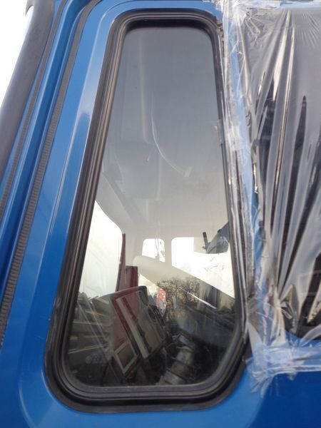nepodemnoe windowpane for MAN 14 truck