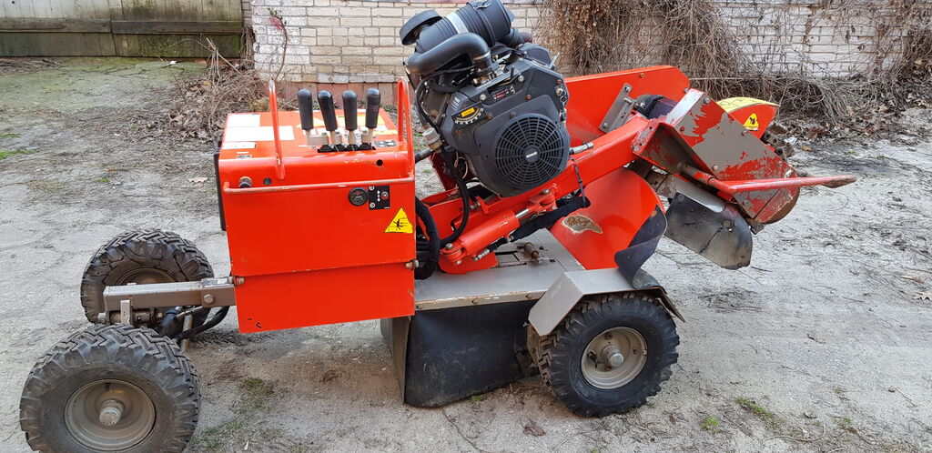 VERMEER  SC252 stump cutter