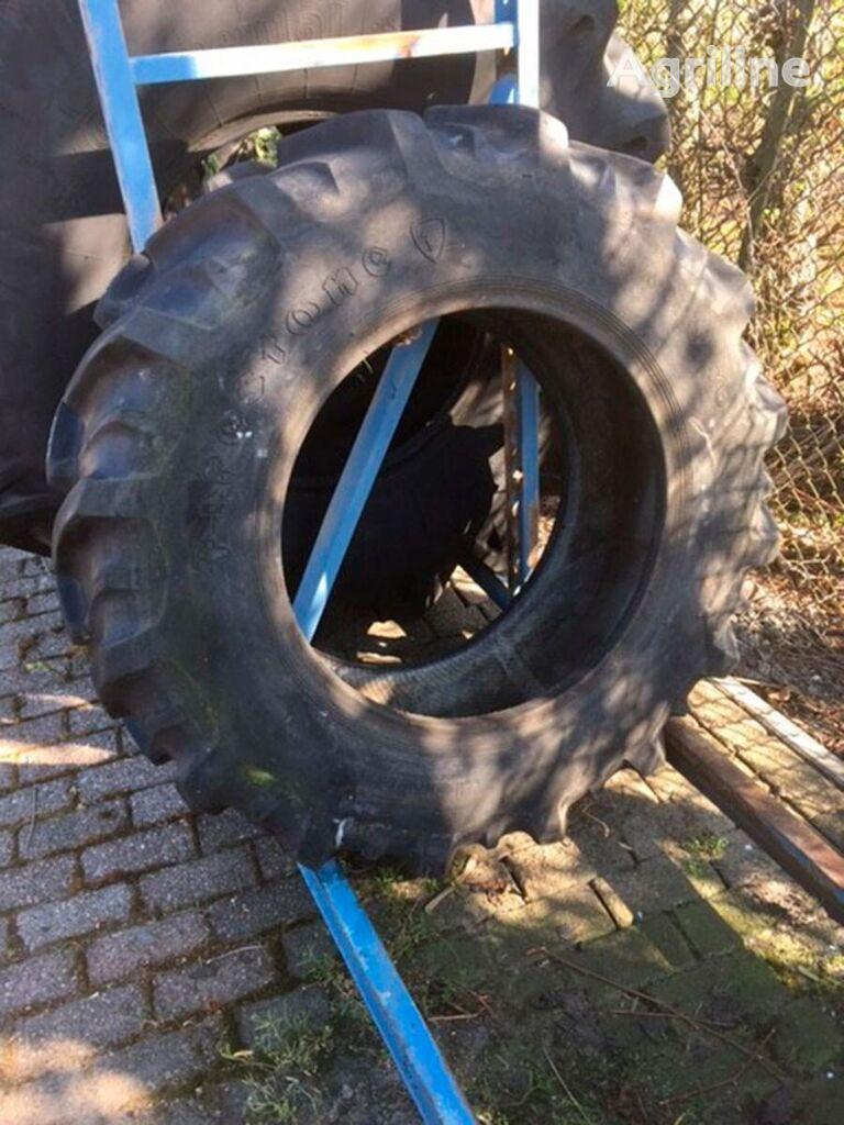 Firestone 13.60-24.00 tractor tire