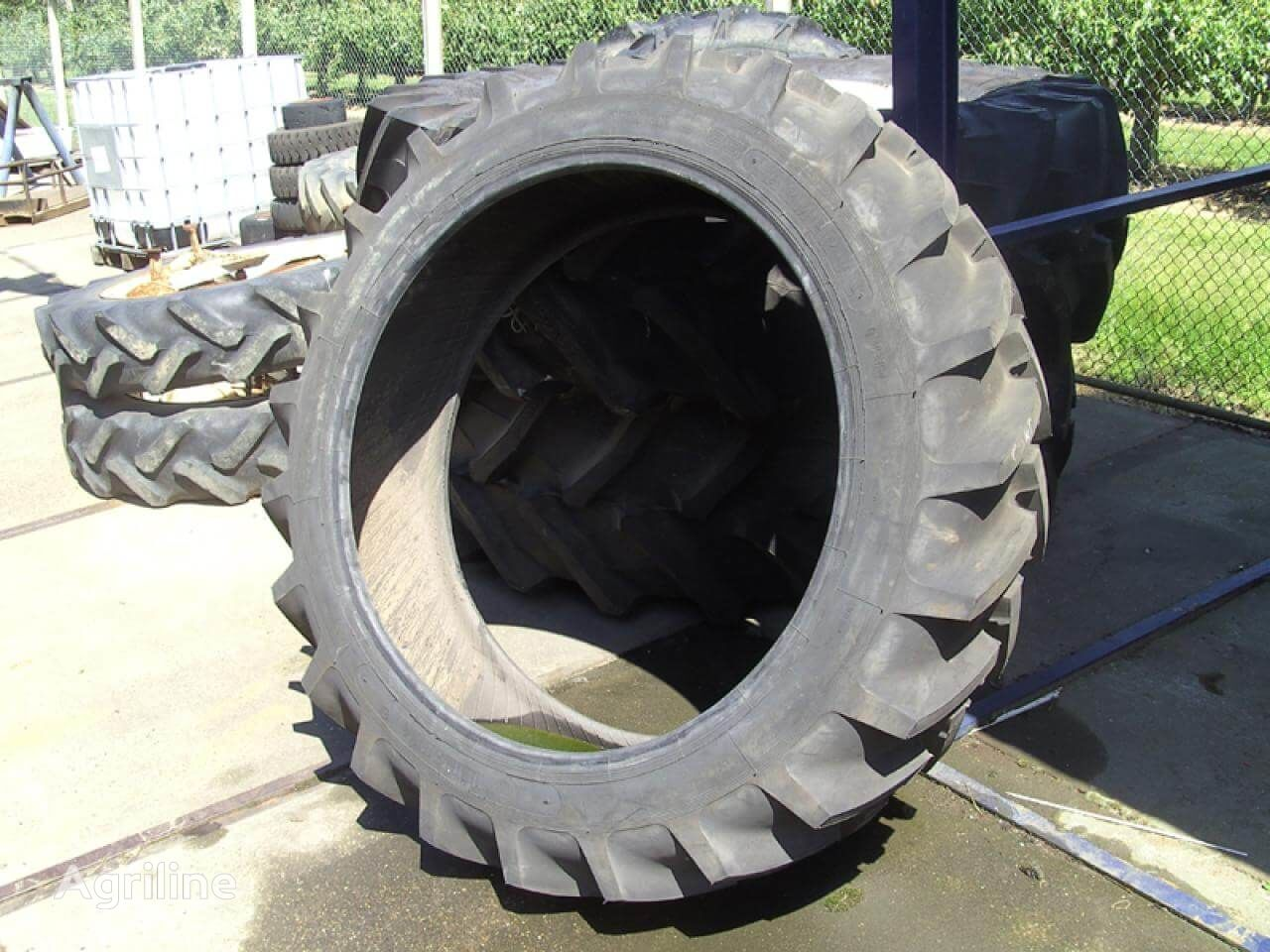 Continental 12.40 R 38.00 tractor tire