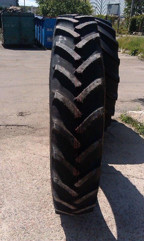 Mitas AC85 300/95R46 tractor tire