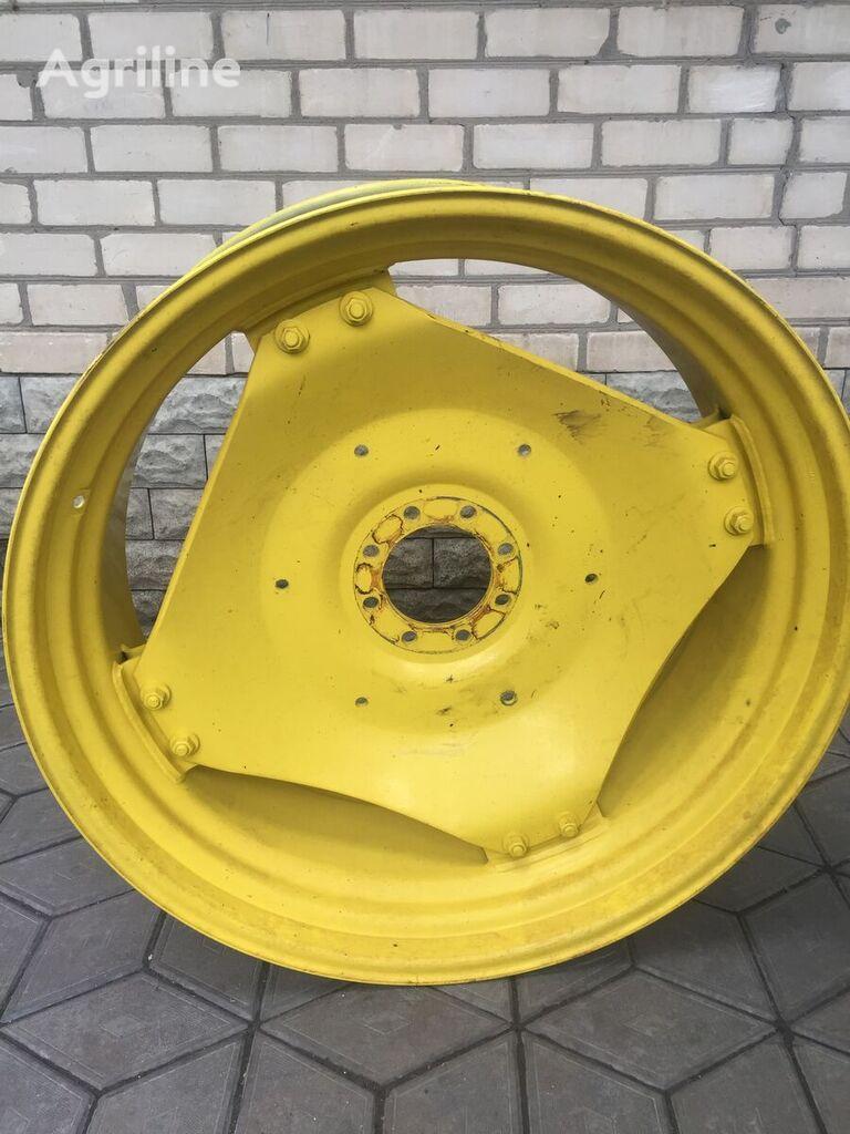 JOHN DEERE truck wheel rim