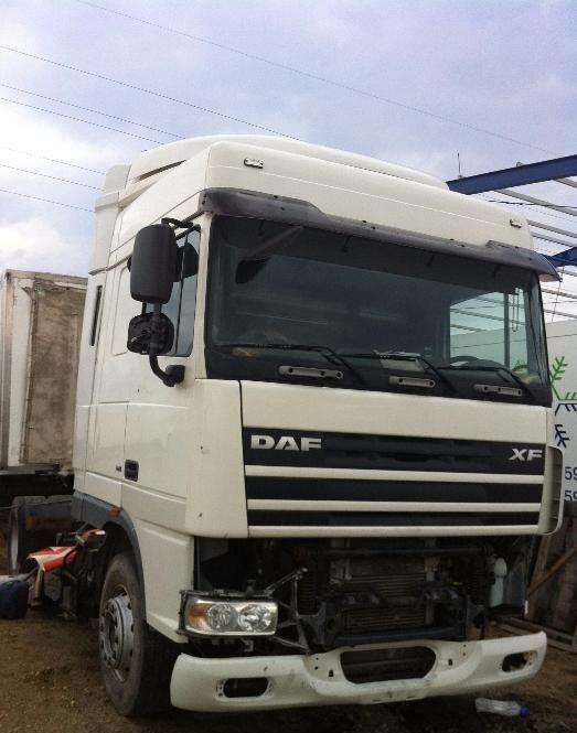 DAF XF 95 orice piesa tractor unit for parts
