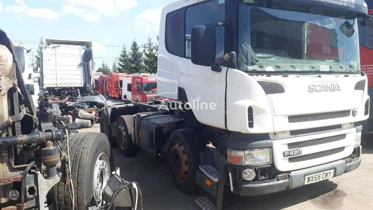 SCANIA P420 tractor unit for parts