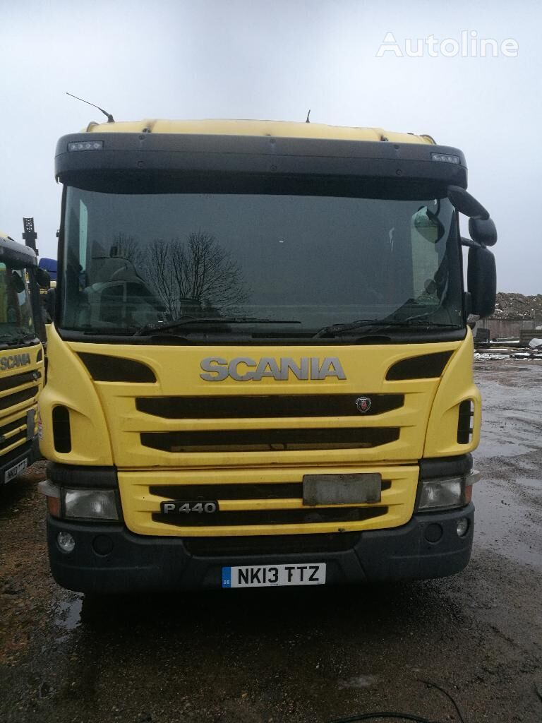 SCANIA P440 tractor unit for parts