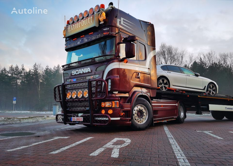 SCANIA R560 v8  tractor unit