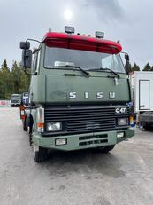 SISU SM300 raskasveturi tractor unit