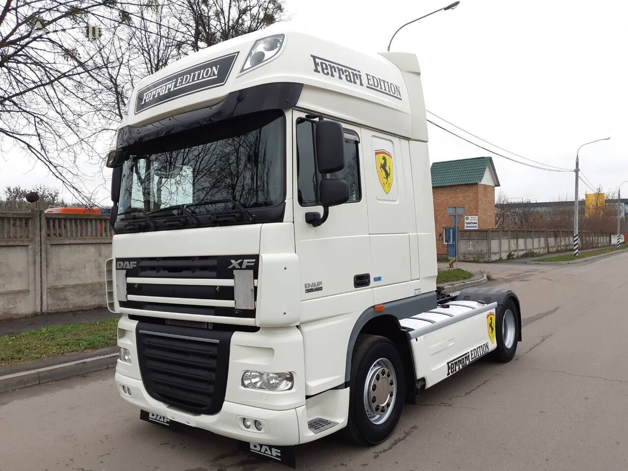 DAF XF 105 460 ATE v Lizing tractor unit