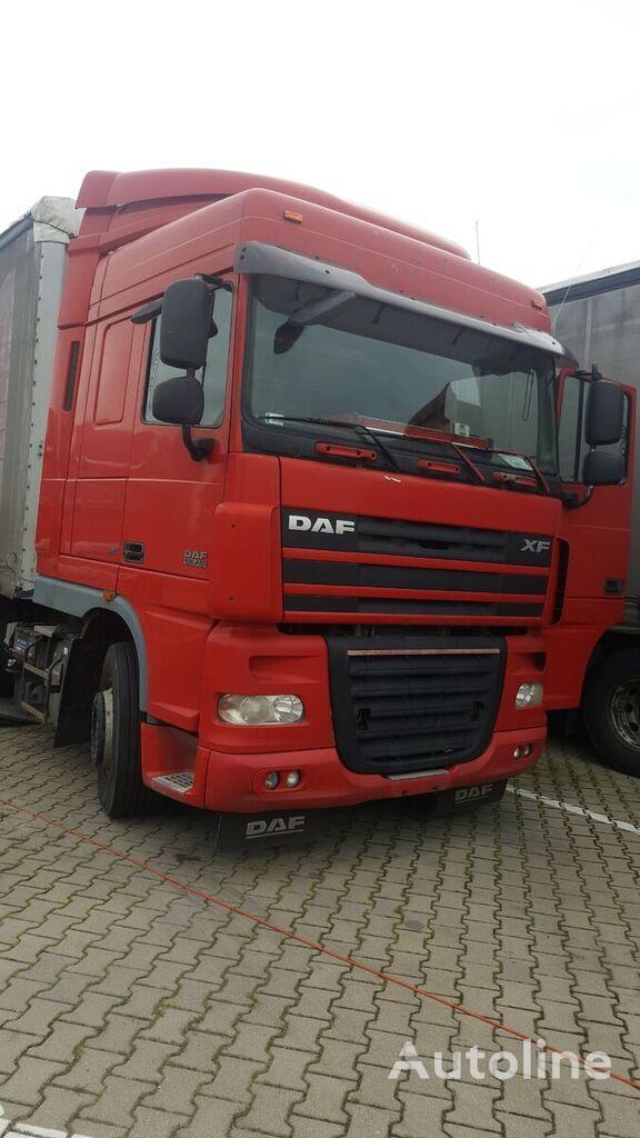DAF XF 105 Mashinokomplekt (shassi+kabina) tractor unit for parts