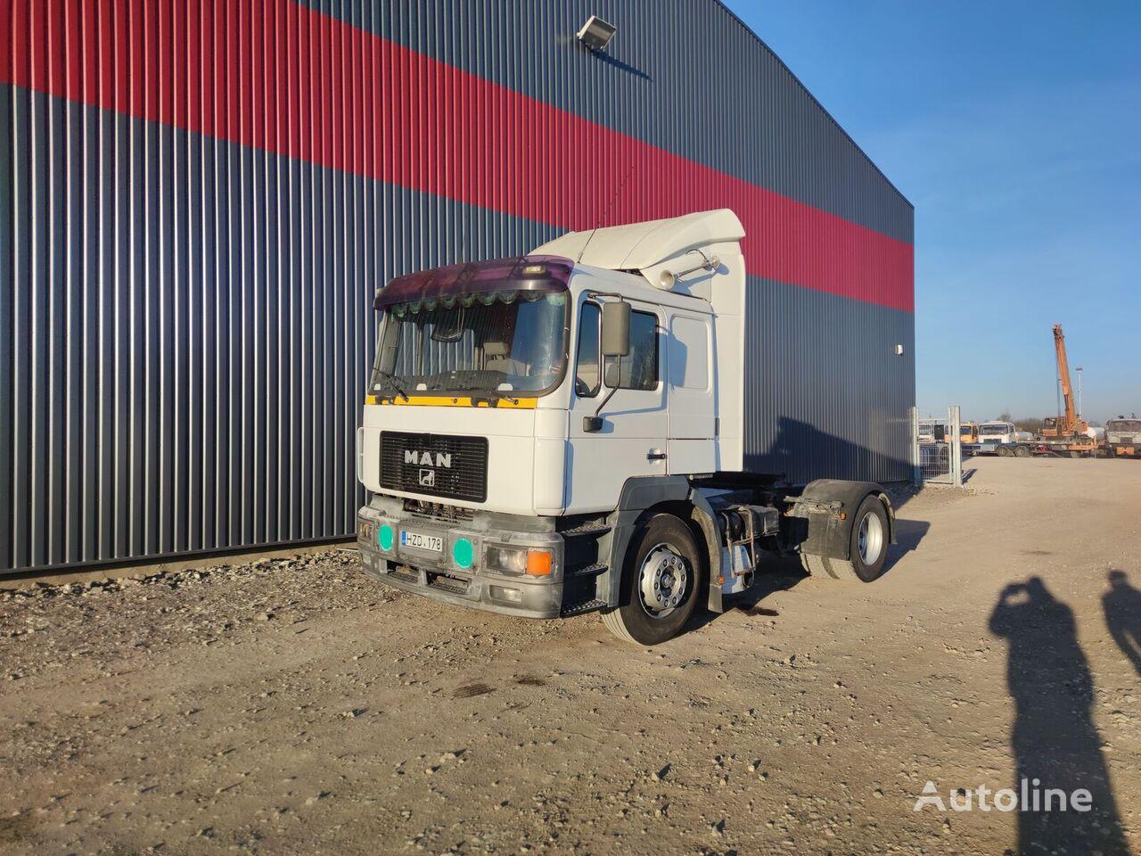 MAN 19.403 tractor unit