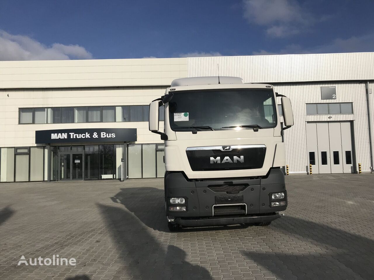 new MAN TGX 18.440 tractor unit