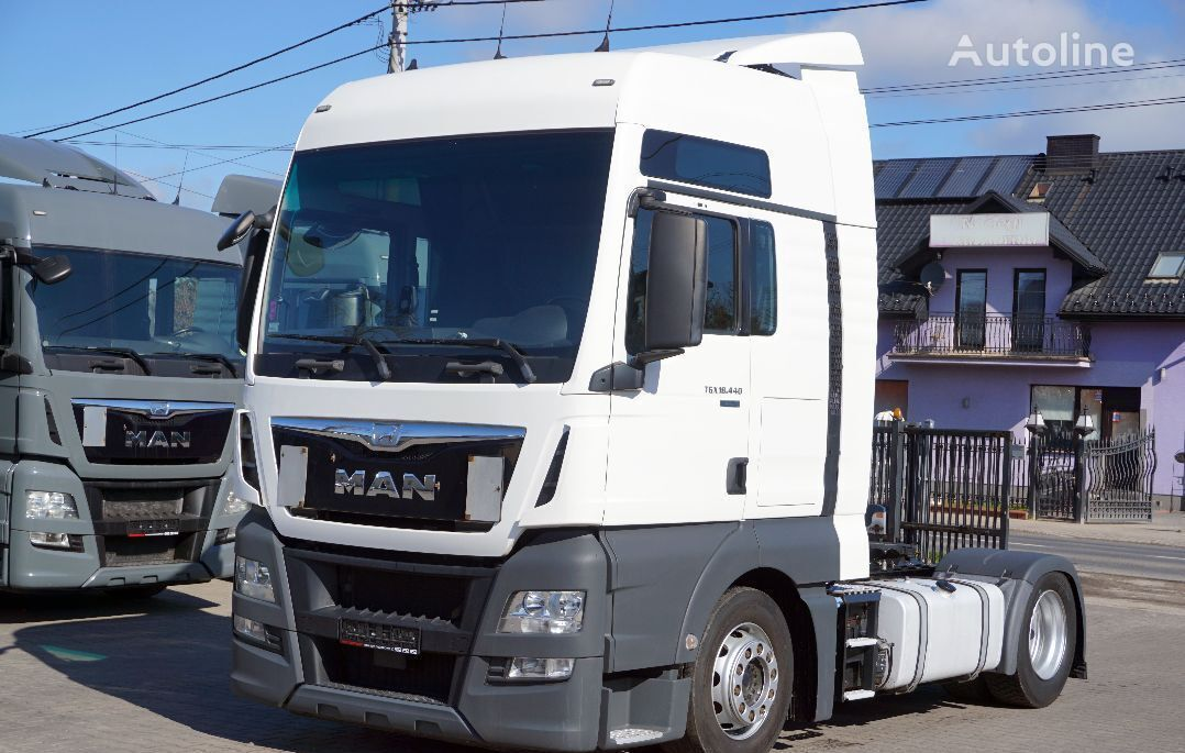 MAN TGX 18.440 XXL / LOW DECK tractor unit