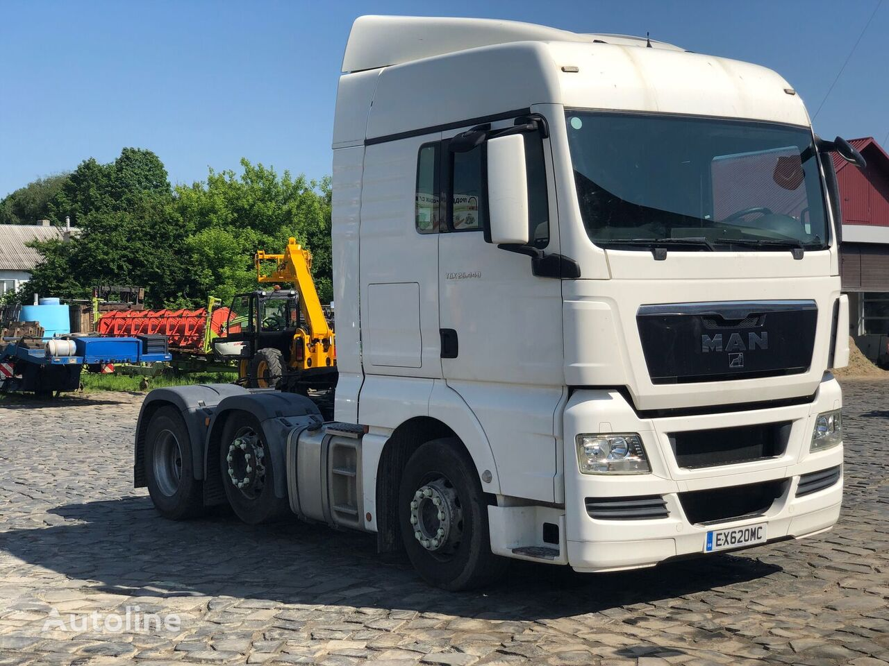 MAN TGX 26.440 tractor unit