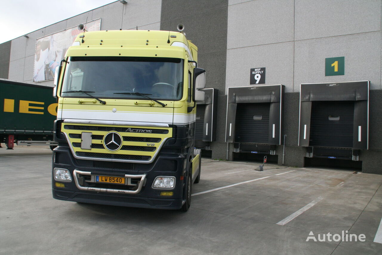 MERCEDES-BENZ Actros 1860 tractor unit