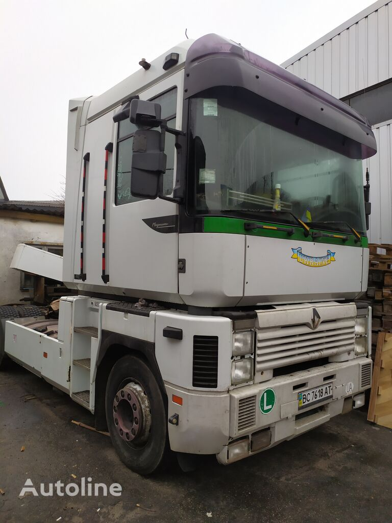 RENAULT 480-E TESN tractor unit for parts