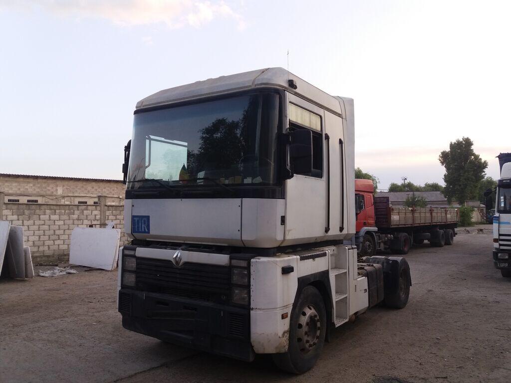 RENAULT Magnum 420 tractor unit