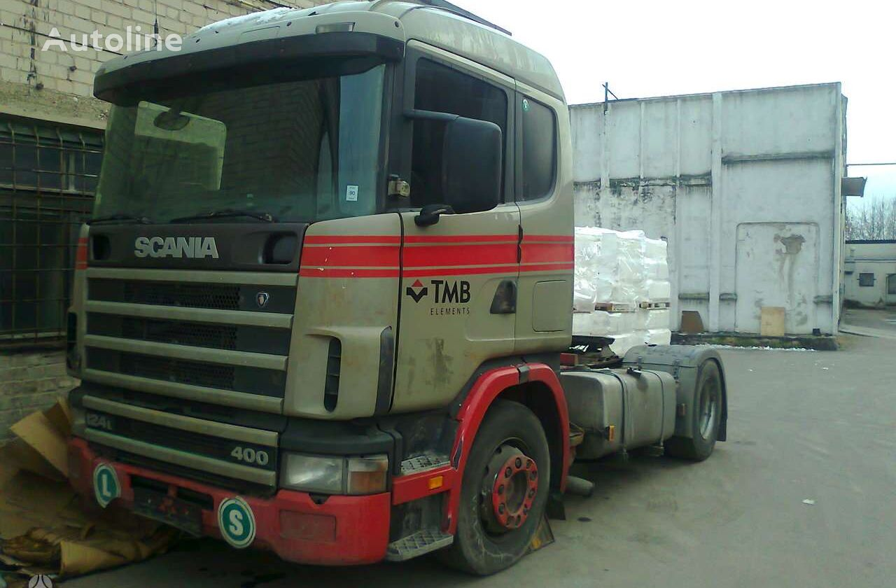 SCANIA 124 tractor unit for parts