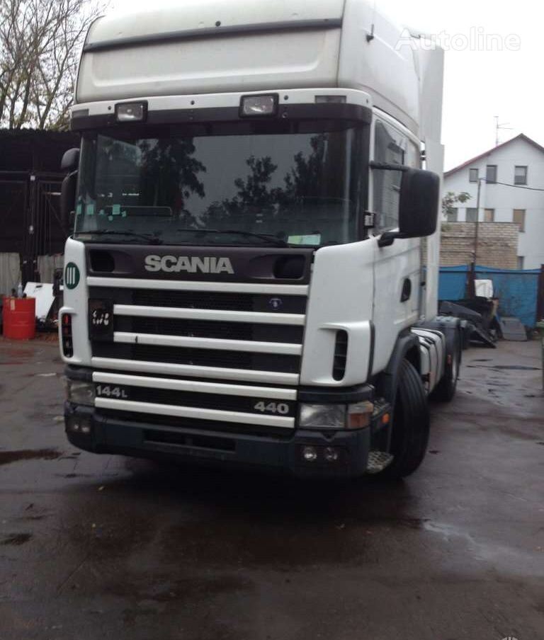 SCANIA 144 tractor unit for parts