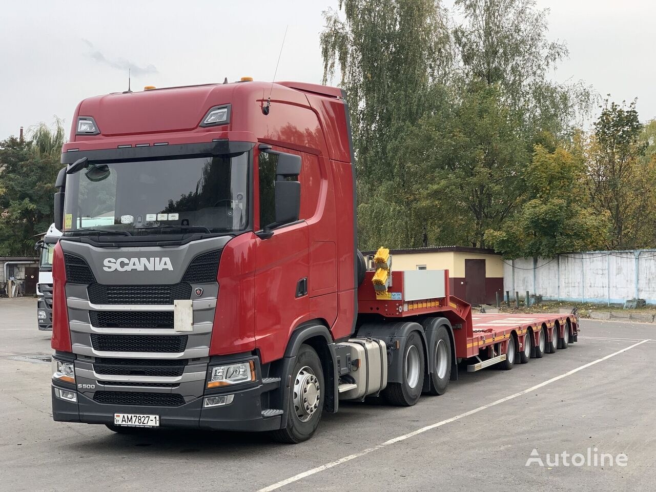 SCANIA S-series 6x4 tractor unit + low bed semi-trailer