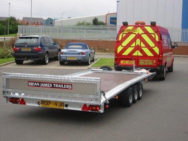 BRIAN James Trailers TT-T-303 car transporter trailer