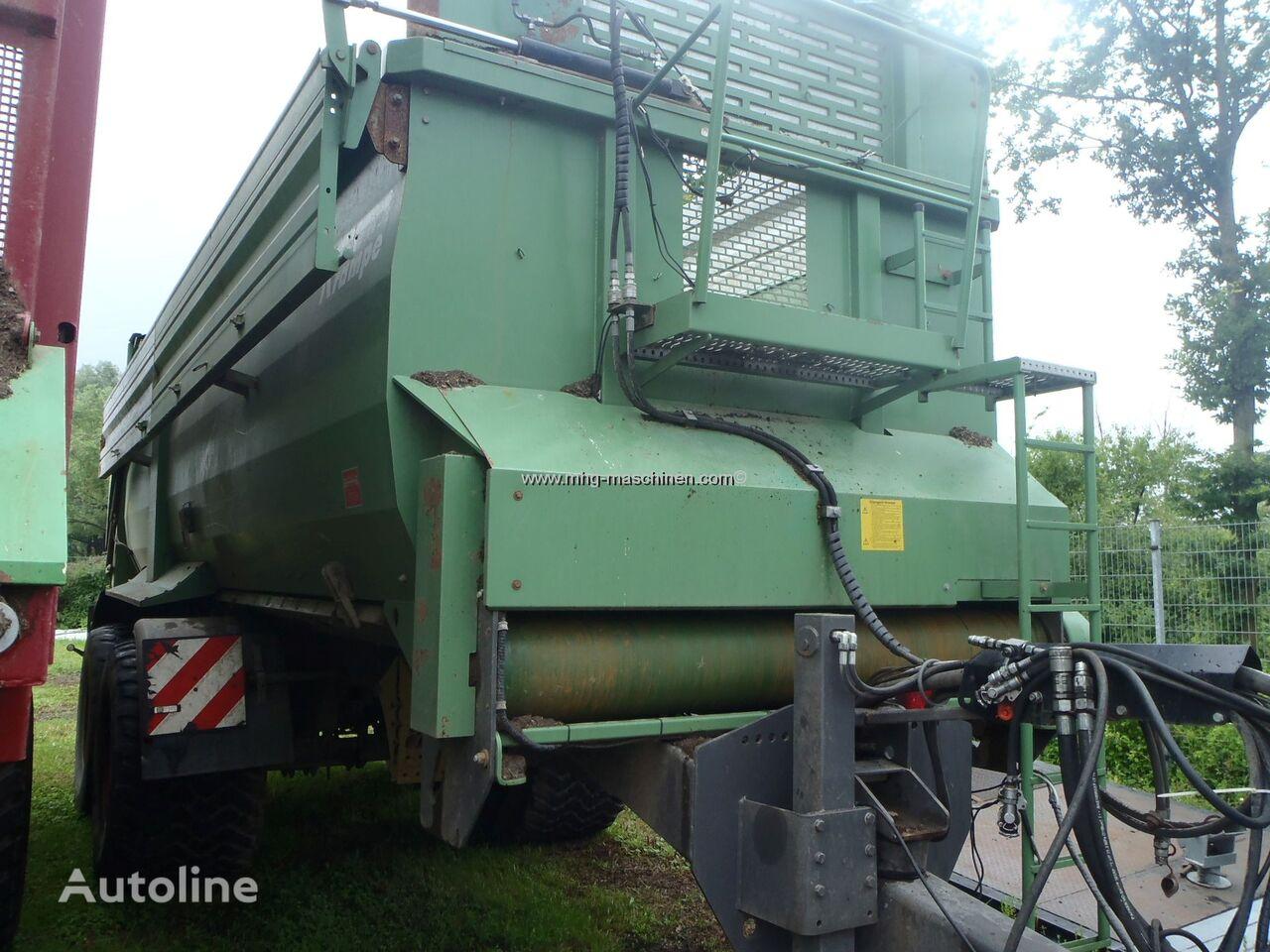 Krampe Bandit 750 grain trailer