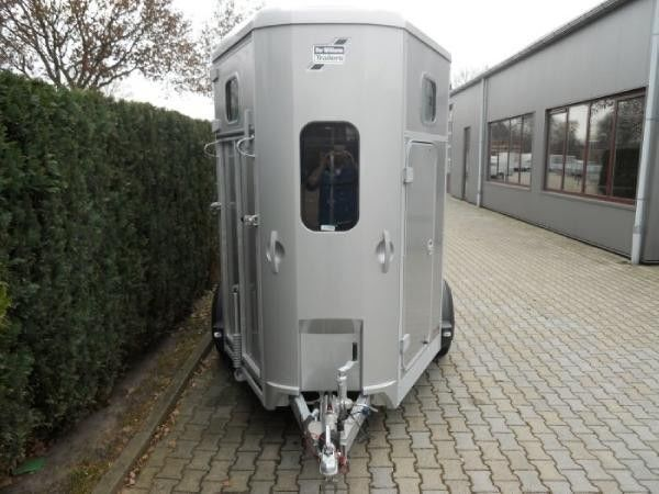 IFOR Williams HB506 horse trailer