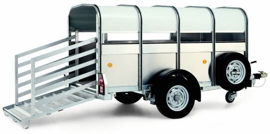 WILLIAMS P8 livestock trailer