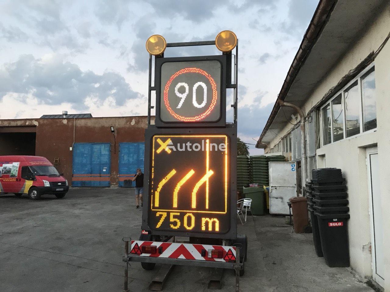 NISSEN VLT1-01-70 platform trailer