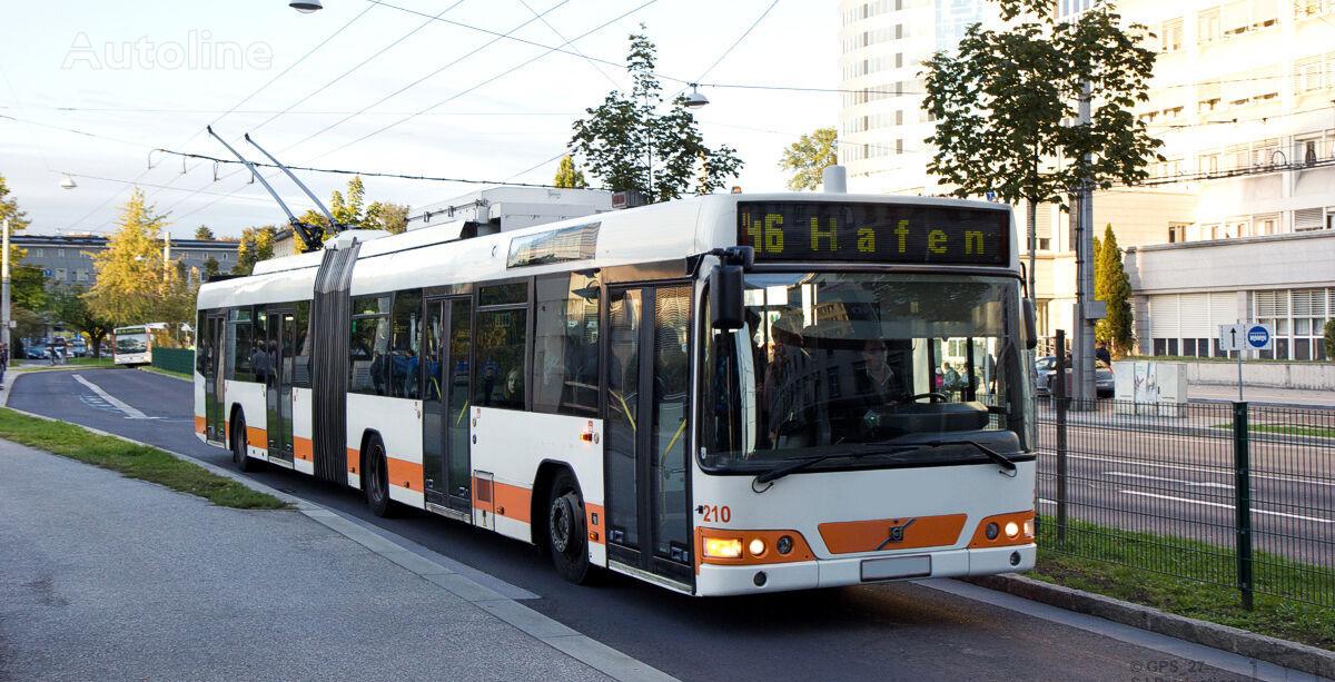 VOLVO V 7000 AT trolleybus