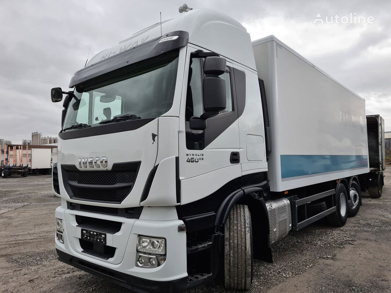 IVECO Stralis 460E6 6x2 Lenkachse Durchlader Stahlboden (43) box truck