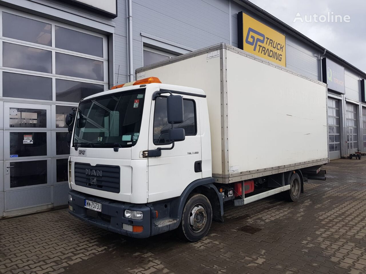 MAN TGL 7.150 box truck