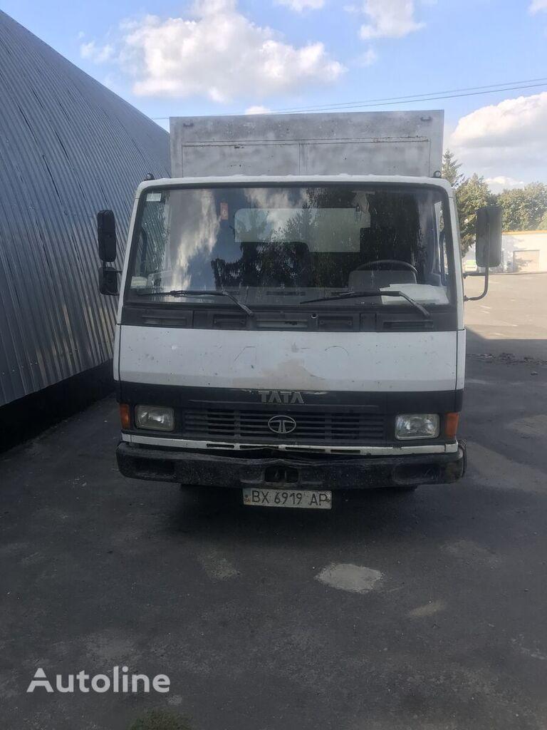 TATA LPT 613 box truck