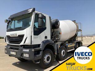 IVECO TRAKKER 400 car transporter