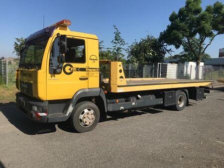 MAN L2000 B130 - LE 180C car transporter