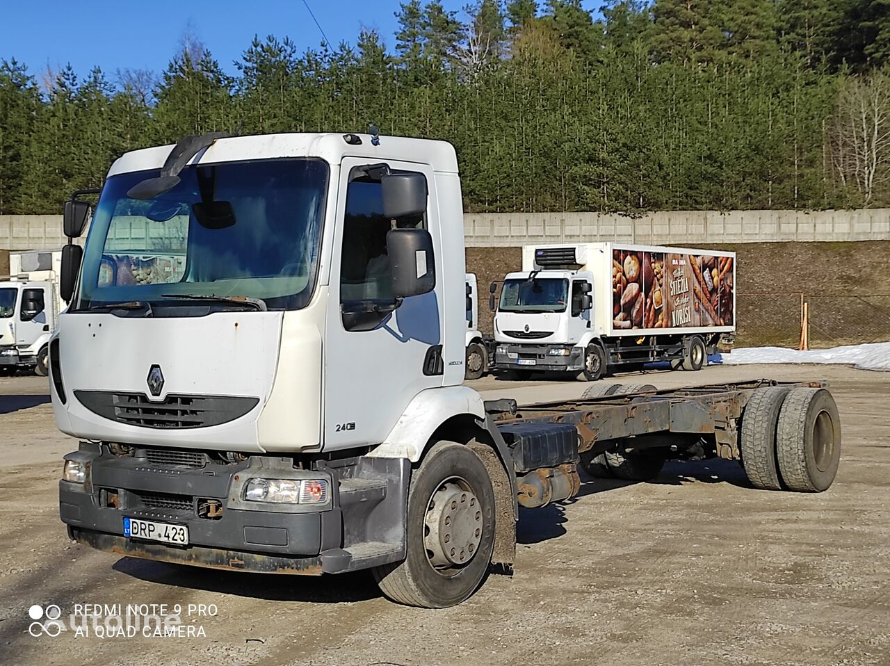RENAULT Midlum 240.18 chassis truck