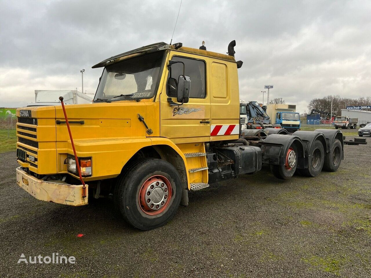 SCANIA T113 320 8x4 chassis chassis truck