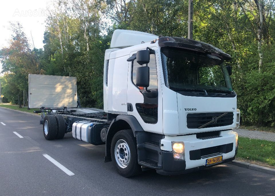 VOLVO FE 240 SYPIALKA 400TYS KM chassis truck