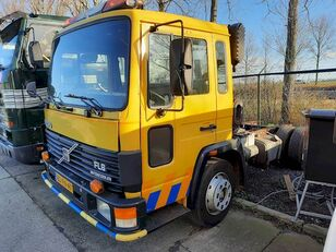 VOLVO FL 611 chassis truck