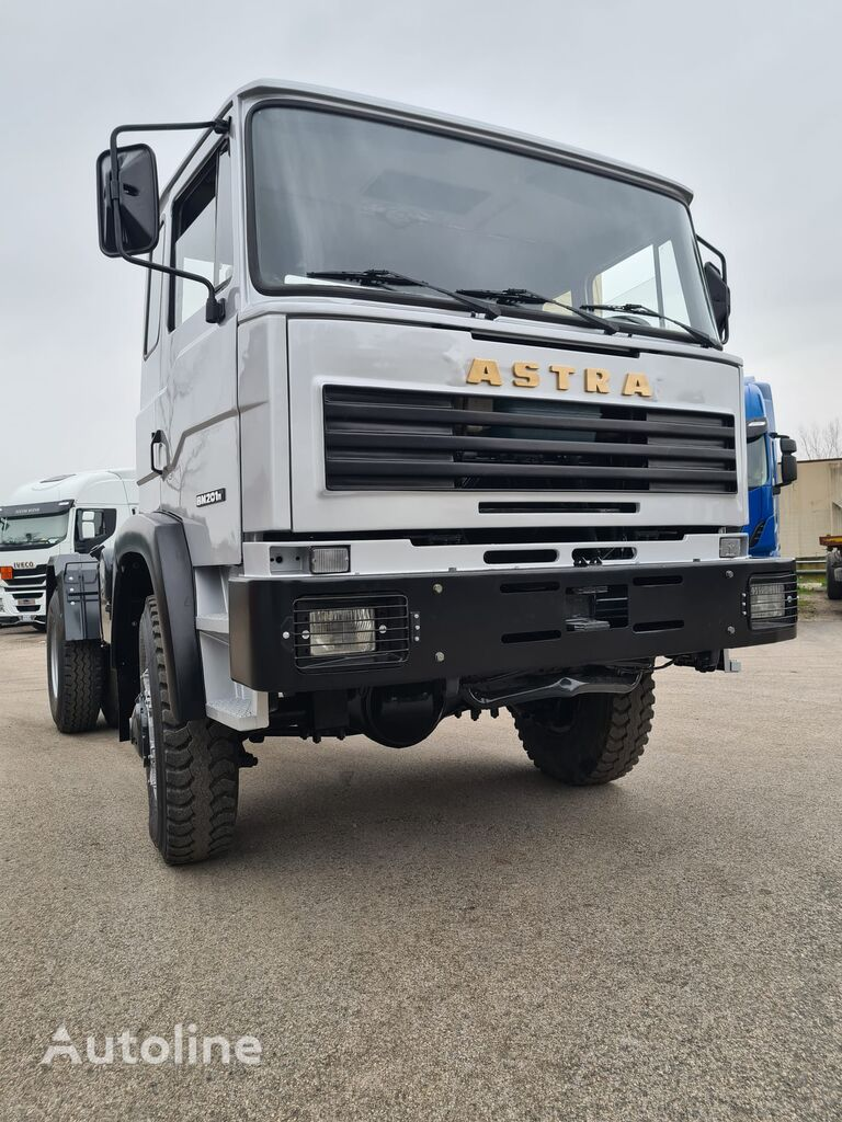 ASTRA BM 201 MT chassis truck